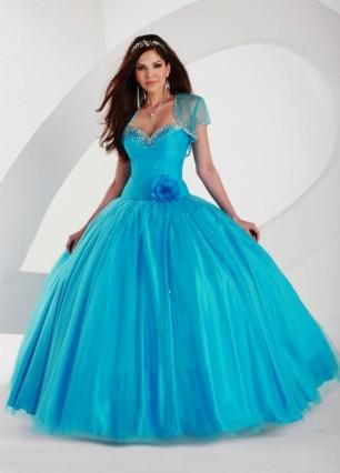 Nové šaty na půjčení - Obrázek č. 7