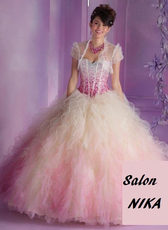 Nové šaty v půjčovně - Obrázek č. 1