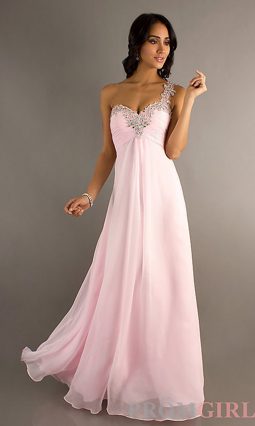 Nové šaty v půjčovně - Obrázek č. 2