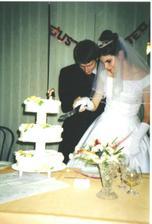 aj nakrojit tortu tak aby nespadla sa nam podarilo :-)