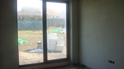 spálňa hotové omietky:)