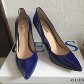 Lodicky Guess, 37