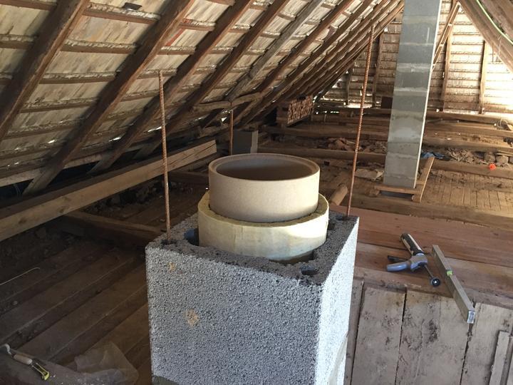 Novy komin z technickej miestnosti