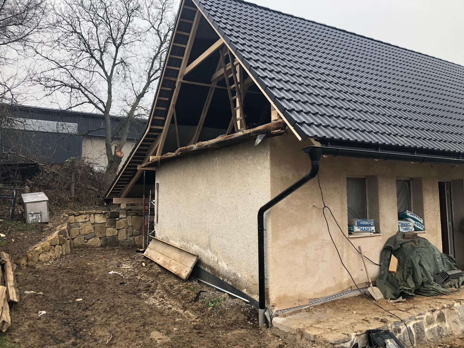 HACIENDA NAPOLI SEBECHLEBY - druha strana domu