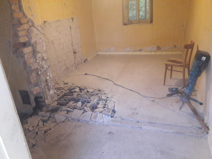 Vsetky podlahy isli von