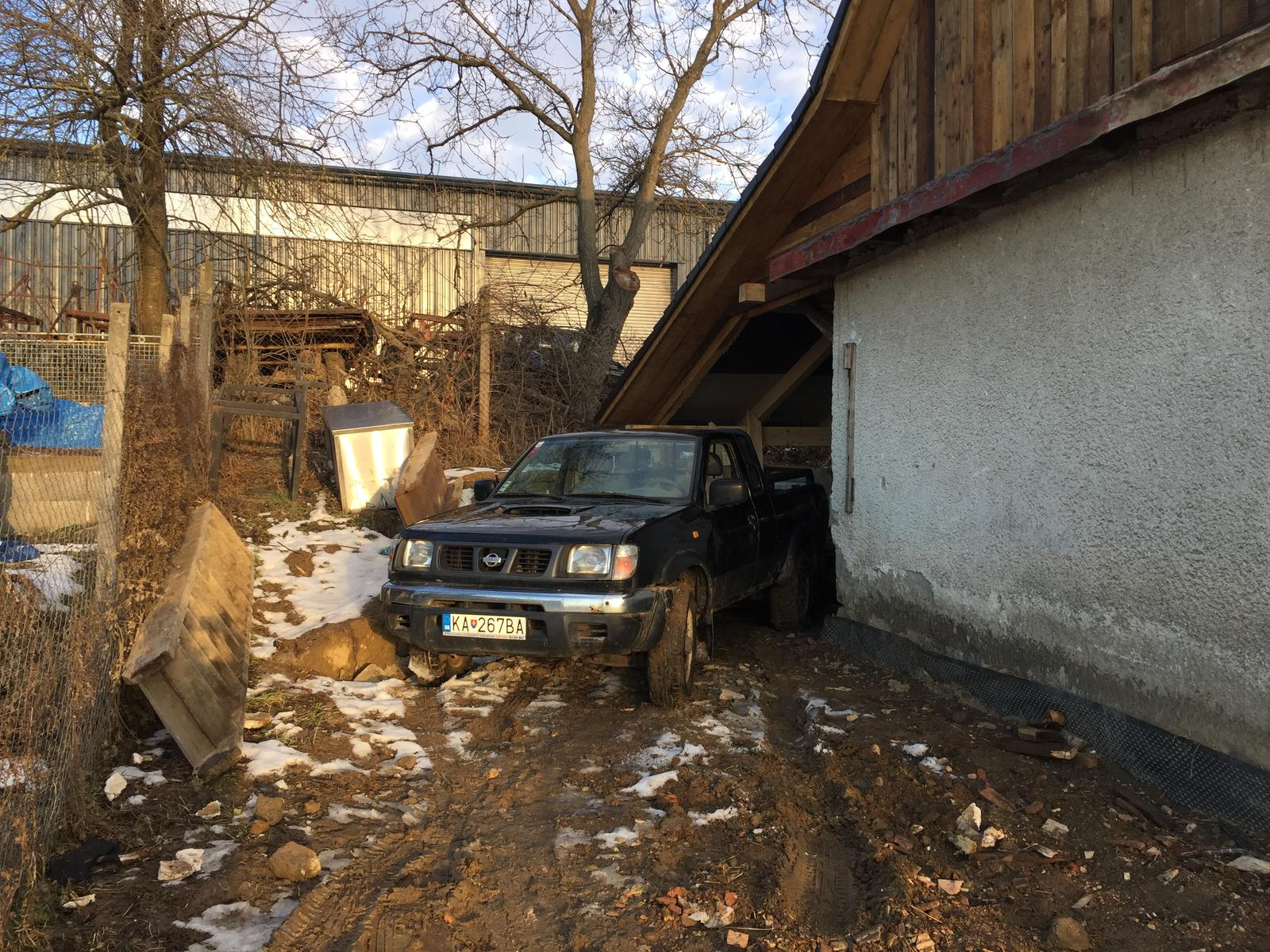 HACIENDA NAPOLI SEBECHLEBY - Material si uz vozim pod suche