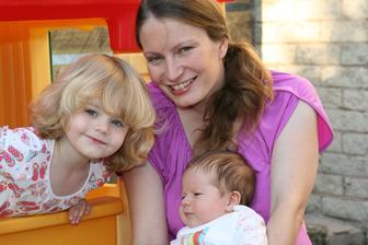 22. zari 2014 Nase rodinka. Daniella 2.5 roku, Tomasek 6 tydnu, maminka stale mlada!