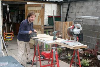 25. zari 2014 Dedecek byl stolar, pradedecek stolar, udelat skrinku do kuchyne je malina!