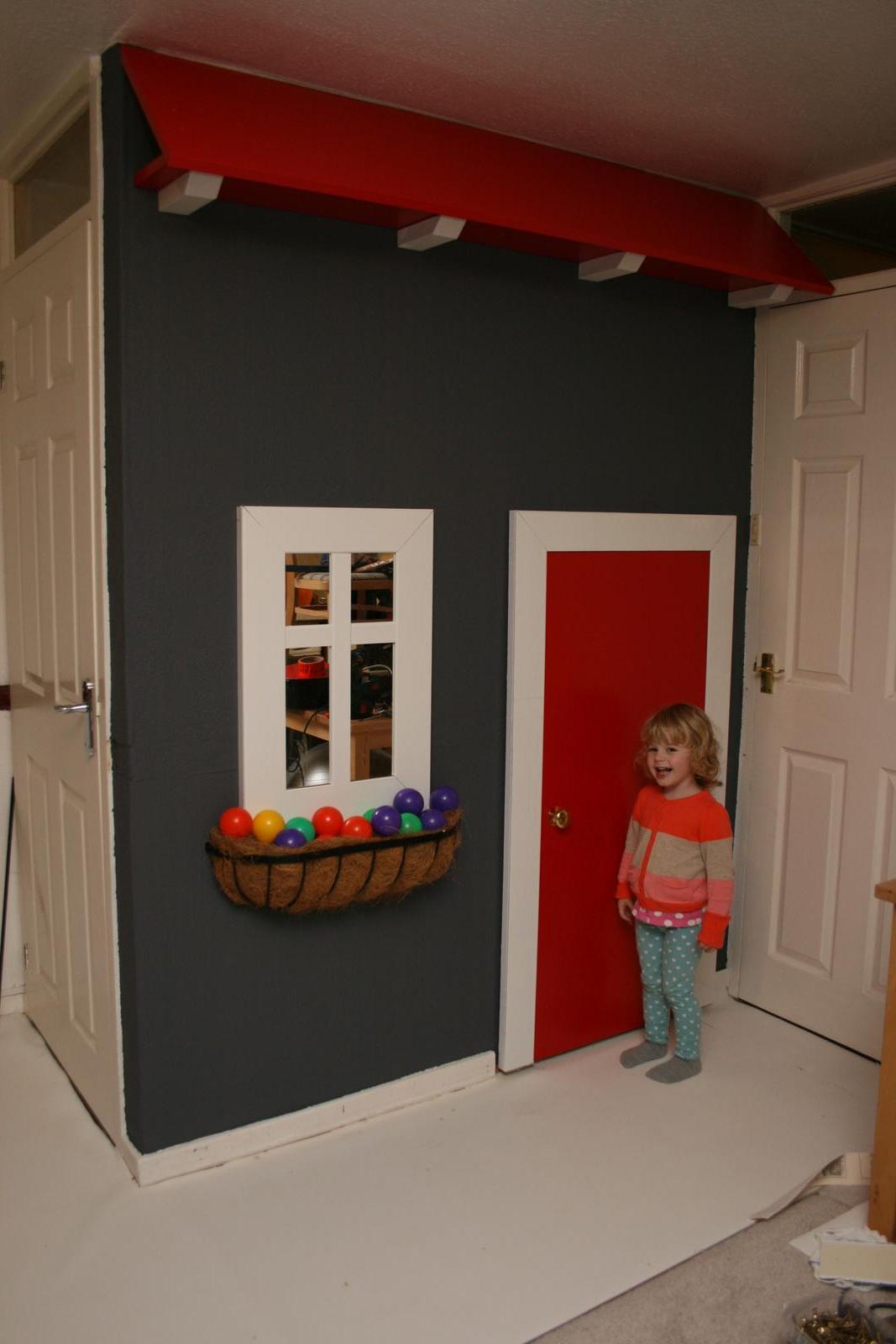 Prestavba domu a zahrady - To je radosti! Jeste chybi klepadlo na dvere, prijde postou zitra. Tramy jsou priznane :)