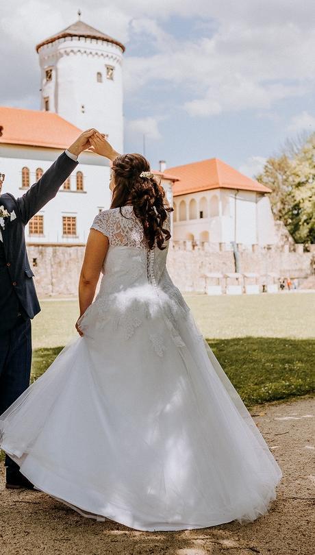 Svadobné šaty snehobiele - Obrázok č. 3