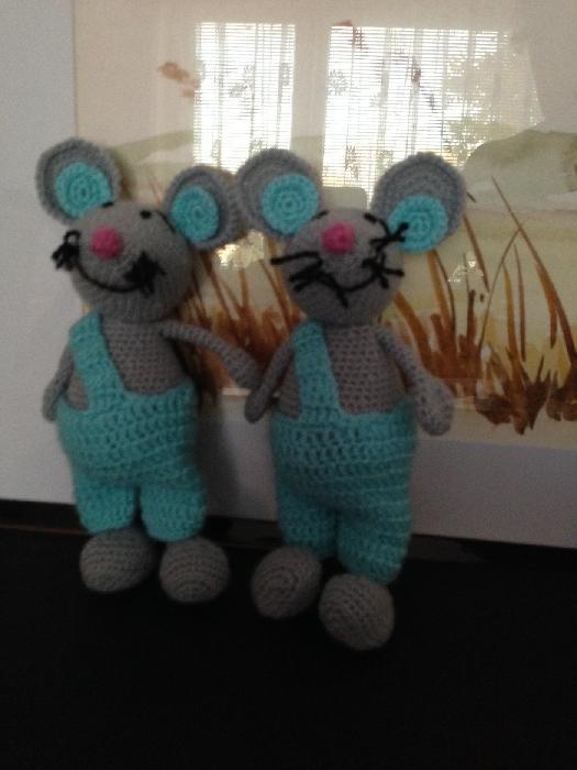 Háčkování a pletení - Ještě společné foto než se rozjedou do svých domovů. :-)