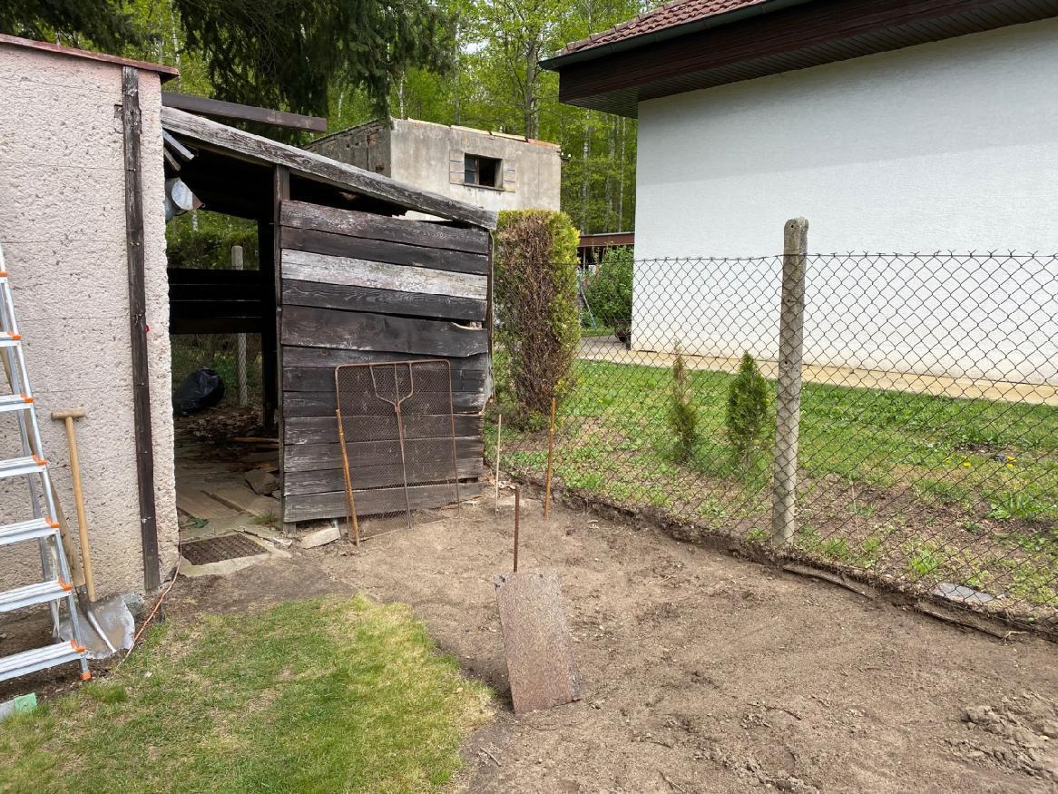 Garáž  + kůlny na dřevo a nářadí - Obrázek č. 4