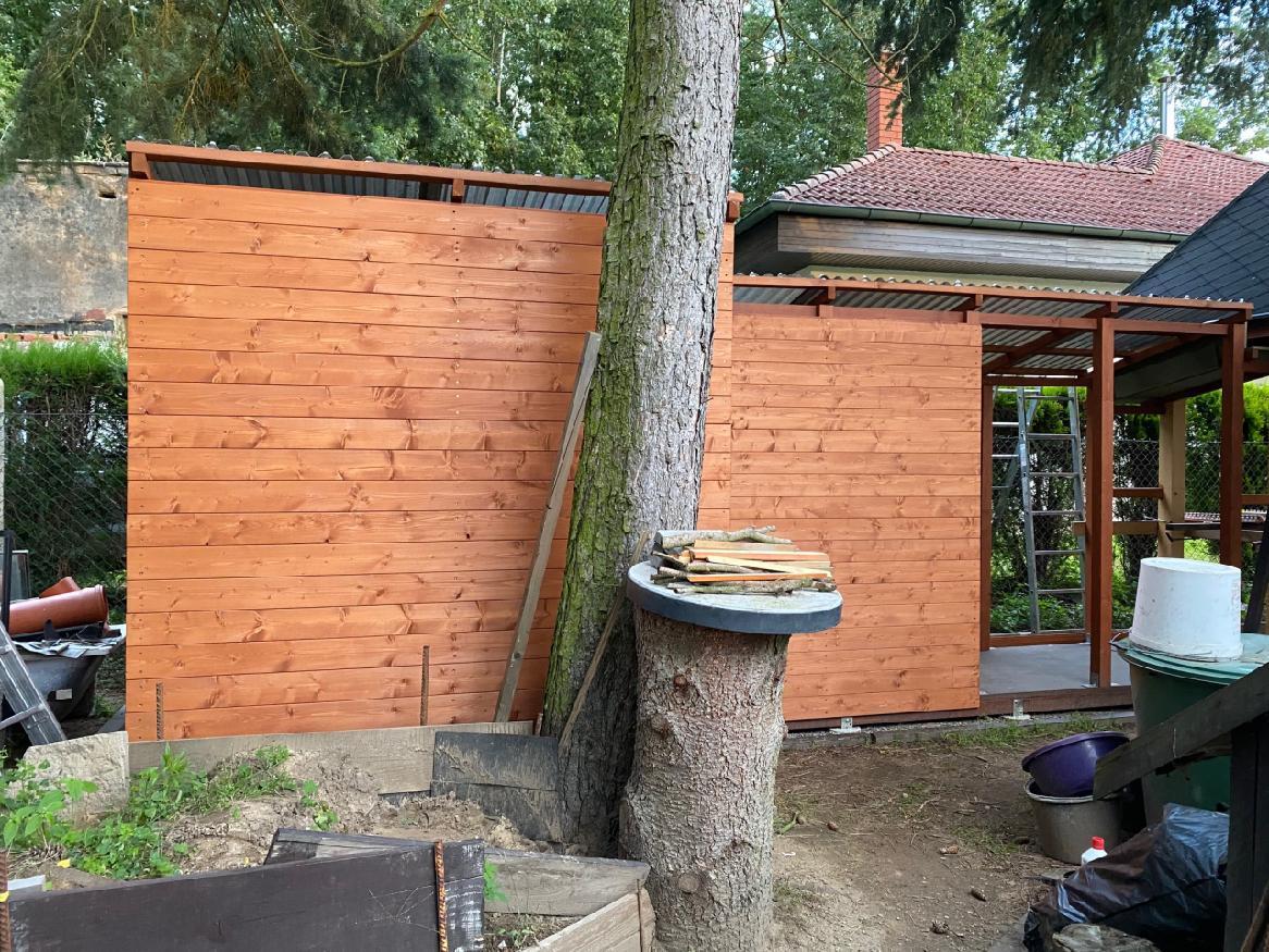 Garáž  + kůlny na dřevo a nářadí - Obrázek č. 28