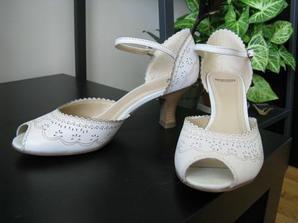 Boty na svatbu, krásné a pohodlné
