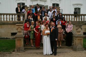 Se svatebními hosty II