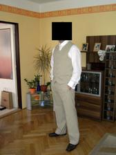 Dámy, po 20.6. bude na prodej. Samozřejmě ten oblek, ne ženich :o)
