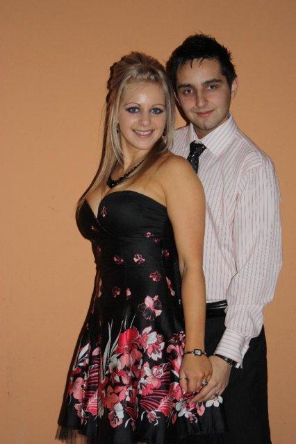 Martinka a Tonusik  13.06.2009 - tak toto sme my dvaja,  foto je zo svadby mojho bratranca....