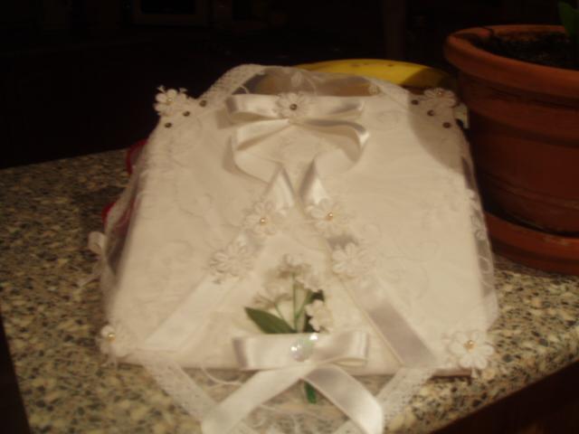 12.8.2006 - co uz mame - poduška na obrúčky