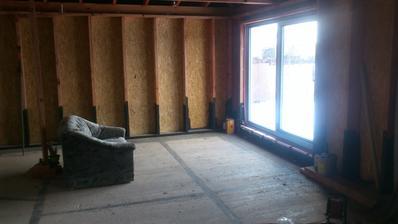 Budúca spálňa...v ktorej si teraz radi posedíme a pozeráme von :P