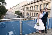 Koktejlové bílé svatební šaty, 38