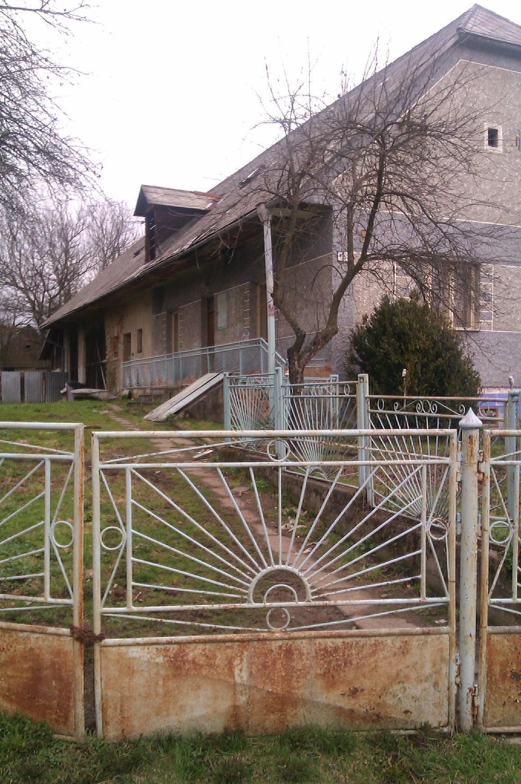 Rodinný dom v obci Ladomirová, okr. Svidník - Obrázok č. 3