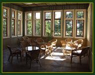 nekde mi vyklouzla, je to místečko které bude vyzdobené a budeme tu mít oddávací místnost ... zimní zahrada :-)