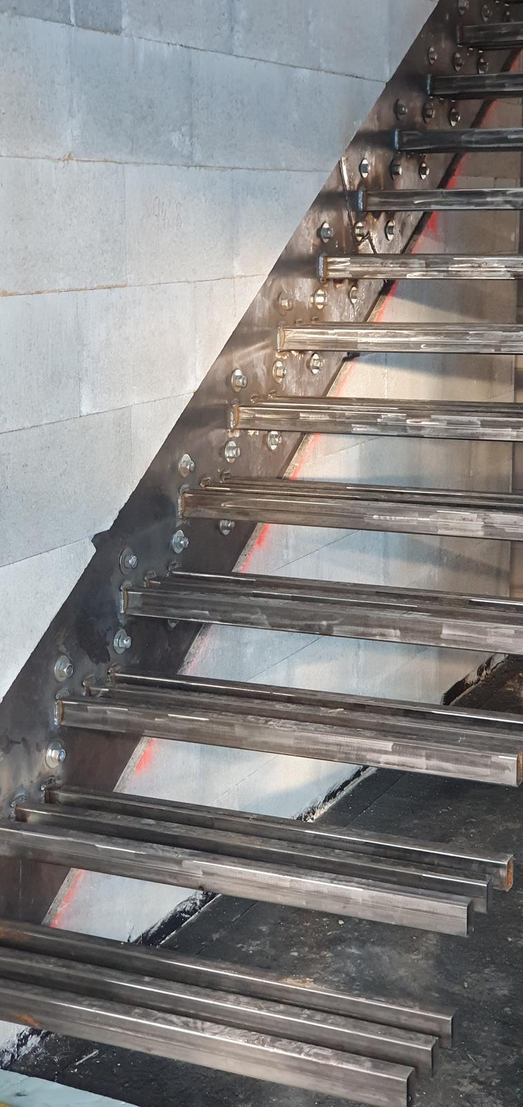 Konzolove schodisko (samonosne schody) - Obrázok č. 19