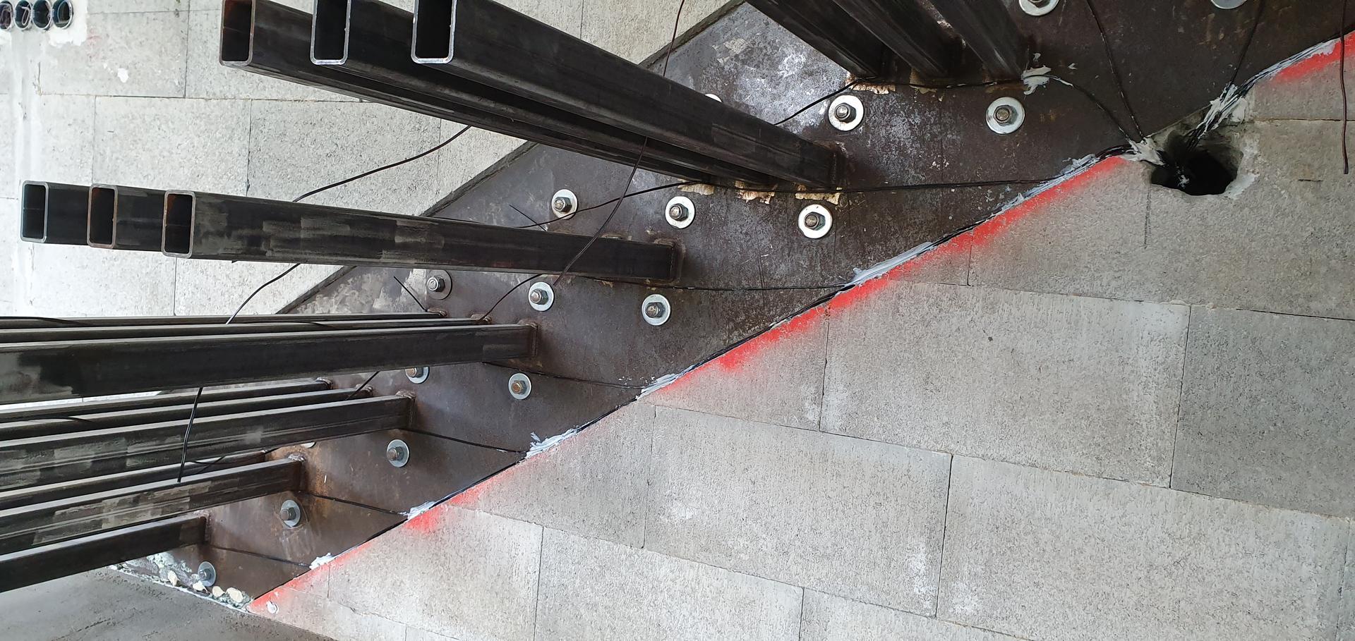 Konzolove schodisko (samonosne schody) - priprava na LED pasiky