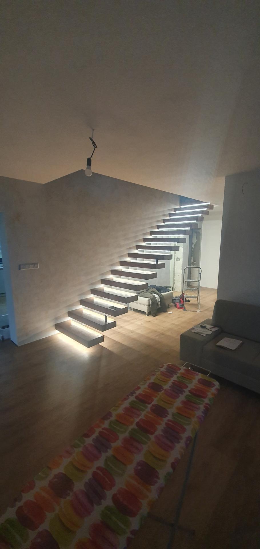 Konzolove schodisko (samonosne schody) - Obrázok č. 42