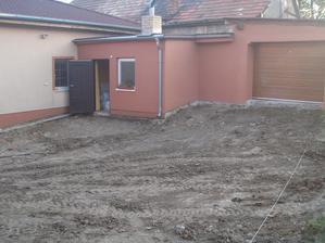 Deň prvý a druhy - priprava lozka, odstranenie zeminy a betonu