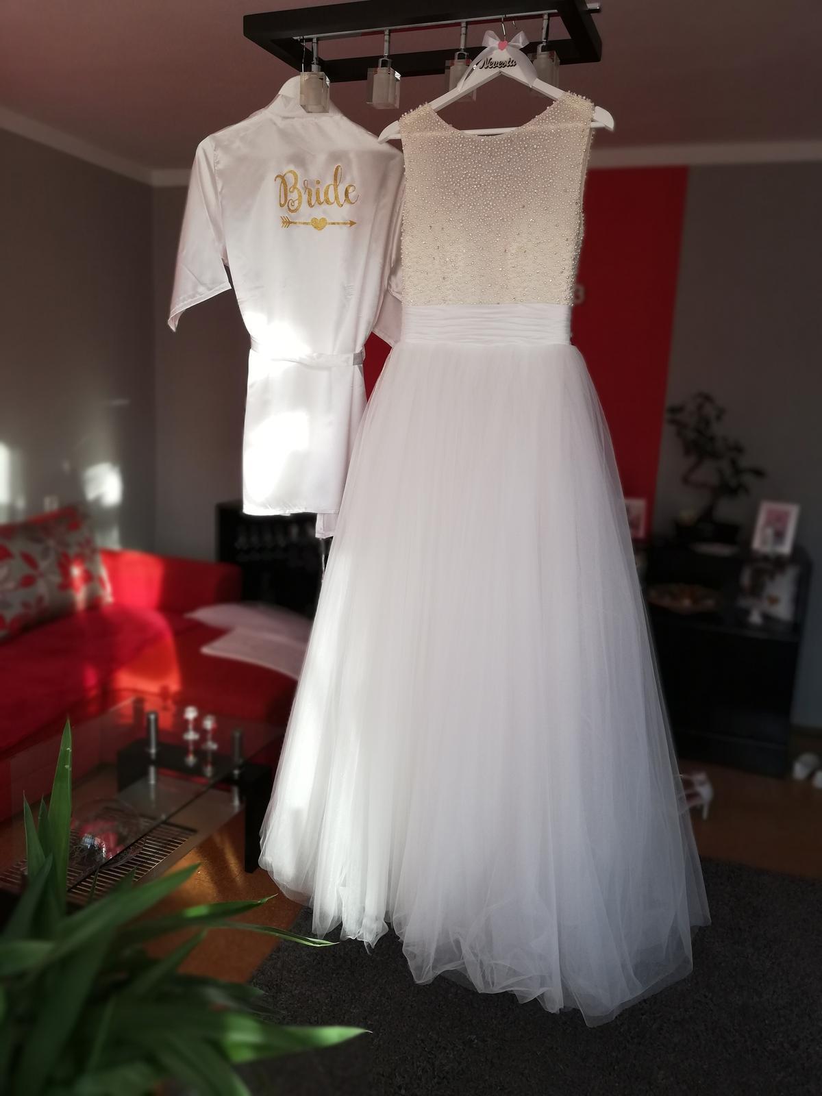 Perličkové svadobné šaty - Obrázok č. 2