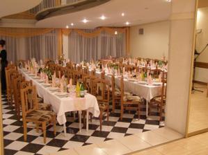 Svadobná hostina sa bude odohrávať v týchto priestoroch.