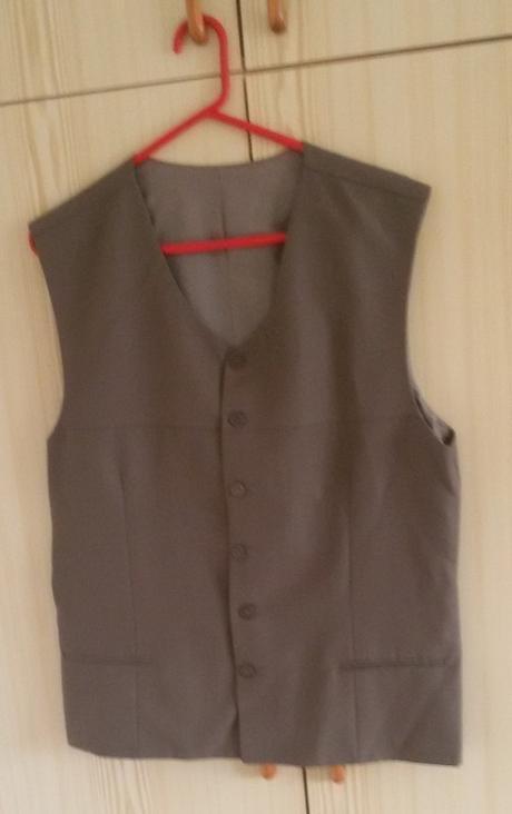 Hnědý pánský oblek - Obrázek č. 3