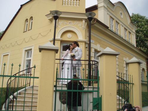 Adriána Brezovská{{_AND_}}Juraj Kleman - pred matrikou