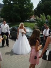 Nevěsta před obřadem:-)