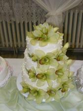 Svadobna torta moderna