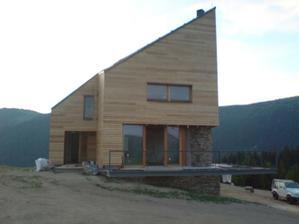 zvláštny dom