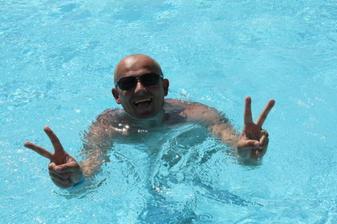 moja láska v bazéne :)