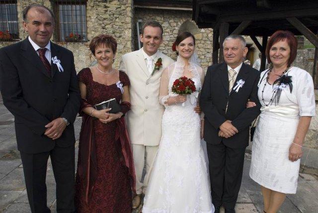 Radoslava Drgoncova{{_AND_}}Roman Hlozka - Fotecka s rodicmi