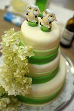 Aj strúhadlá môžu poslúžiť ako postavičky na tortu....