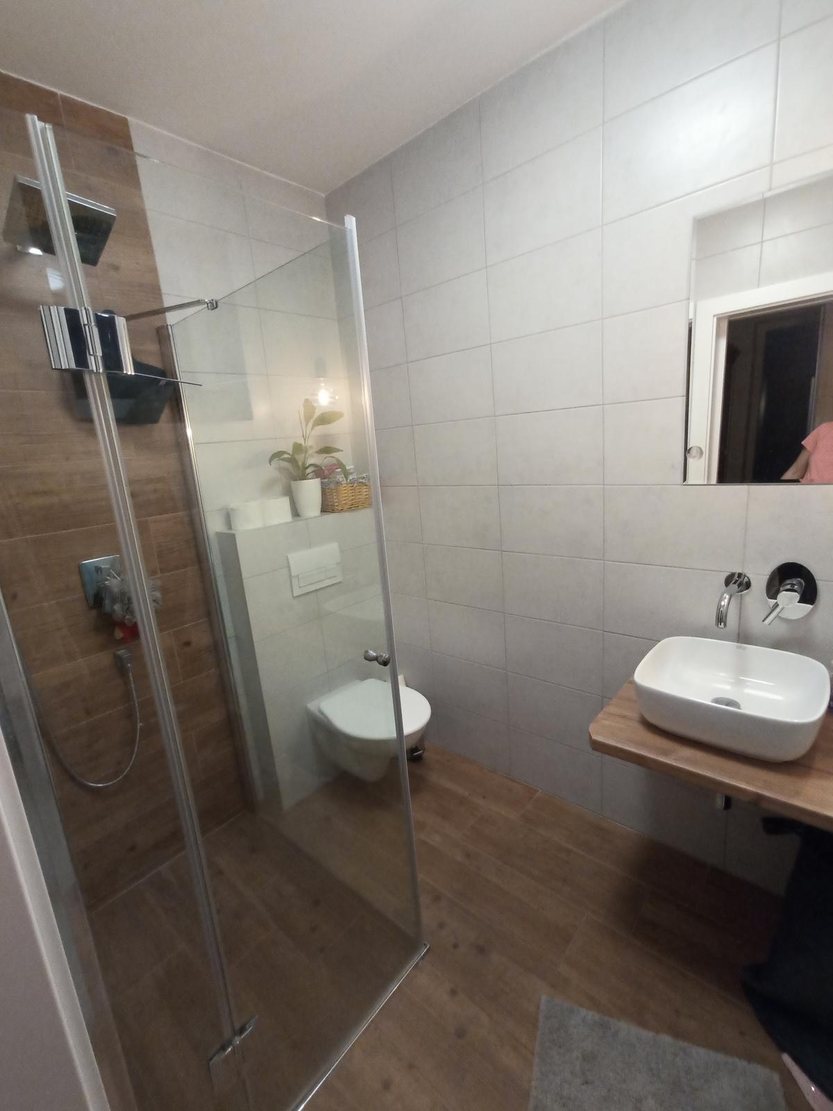 Naše druhá malá koupelna,... - Obrázek č. 1