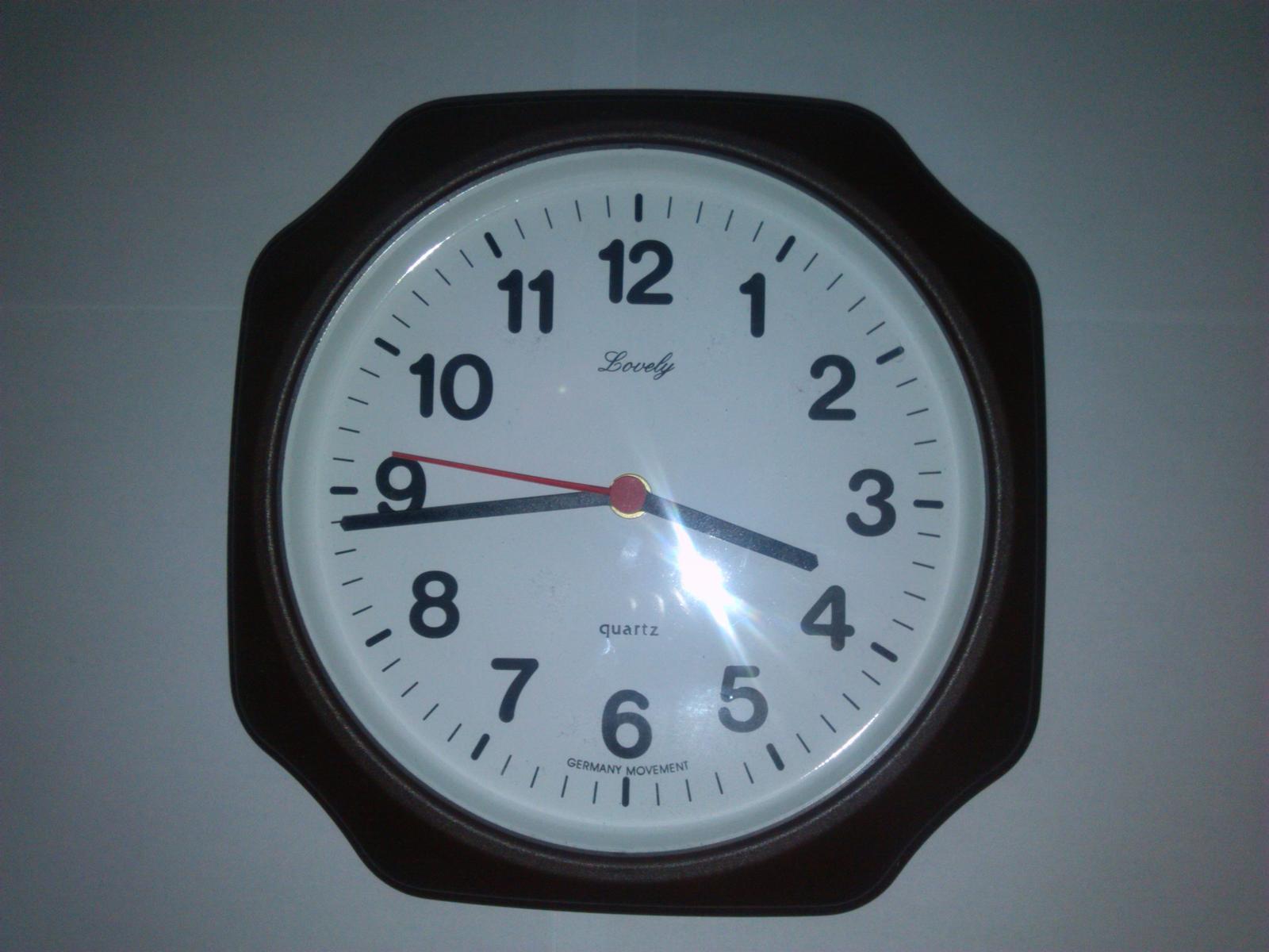 Nástenné hodiny - Obrázok č. 1