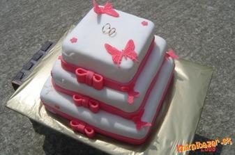 toto bude naša svadobná tortička, len v ružovom