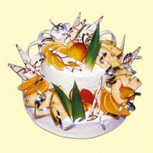 No kdyby se s pani pres medovniky dalo domluvit tak by byl...Objednam si u nas v cukrarne tento akorat s jahodama.