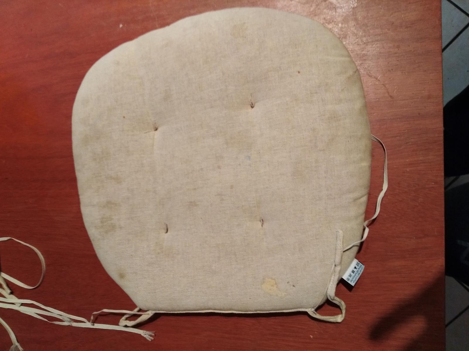 Poduška na stoličku - Obrázok č. 1