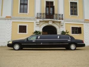 naše limuzína