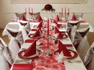 svatba bude do červeno-bíla