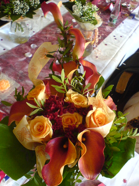 Květnová svatba 3.5.2008 - Pet'a a Míša - kyti kráááásná