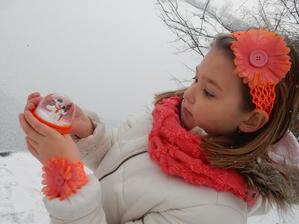 slečna plameňáková - komplet čelenky a náramku s kytičkou