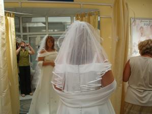 Skúška svadobných šiat